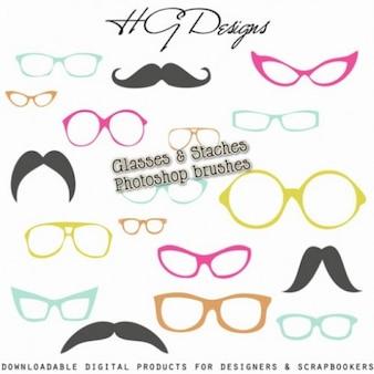 Okulary i staches szczotki