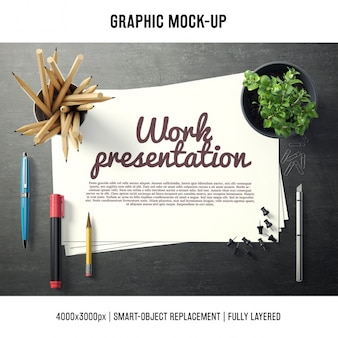 Papier w biurku makieta szablon