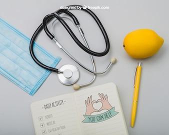 Zestaw sprzętu medycznego i cytryny
