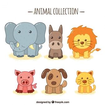 Asortyment fantastycznych ręcznie rysowane zwierząt