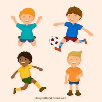 Asortyment z czworga dzieci bawiące się w płaskiej konstrukcji
