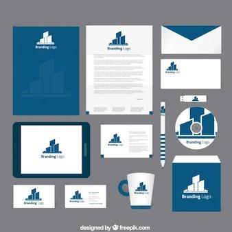Corporate identity w granatowym kolorze niebieskim dzwonka