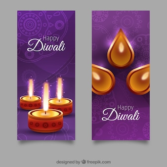 Fioletowe banery z pięknymi lampami naftowymi
