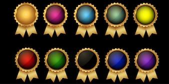 Kolekcja wysokiej jakości puste odznaki ze złociem border.elegant czarne, złote, zielone i czerwone. Elementy projektu etykiety, plomby, banery, odznaki, zwoje, certyfikaty i ozdoby