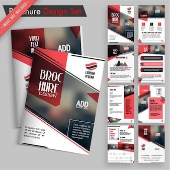 Projektowanie broszur zestaw z czerwonymi elementami