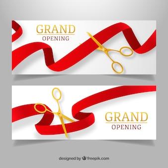 Realistyczne otwarcie banerów ze złotymi nożyczkami