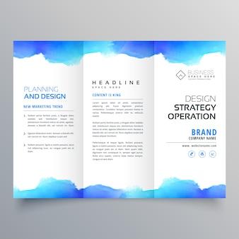 Twórczy niebieski akwarela trifold szablon projektu broszury