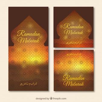 Zachód słońca przez okna banerów ramadan