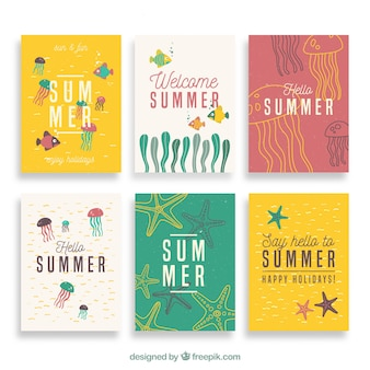 Zestaw cute ręcznie narysowanych letnich kart