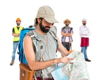 Backpacker z map? Na bia? Ym tle