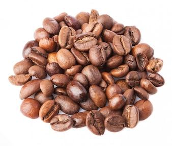 Close-up z palonych ziaren kawy