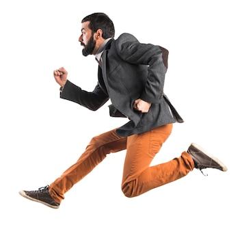 Człowiek biegnie szybko