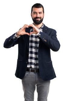 Człowiek czyniąc serce rękami