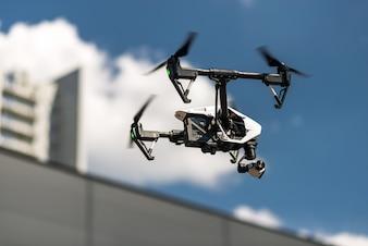 Drone w niebie