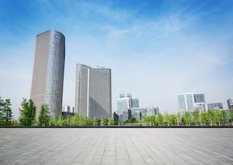 Giant budynku