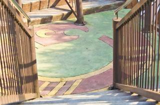 Metalowe schody, schody