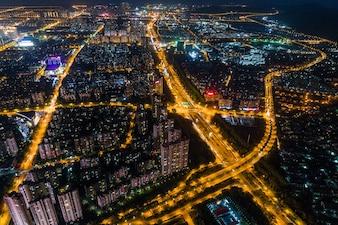 Nowoczesna panorama miasta widok nocny