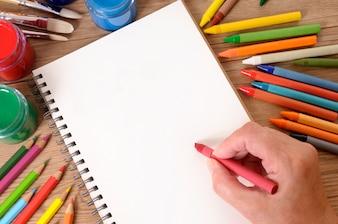 Ręcznie pisania książki szkoły