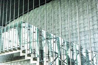 Schody budynku biurowego