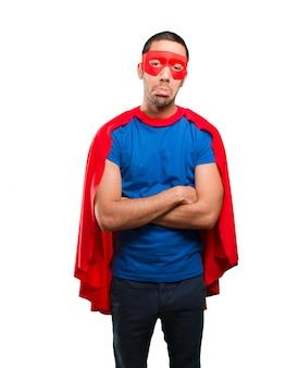 Smutny Superhero stwarzające