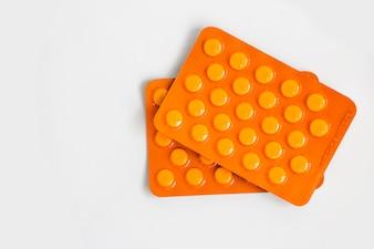 Tabletki w opakowaniach typu blister