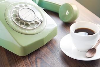 Telefon komunikacji tło telefon filiżanka życia