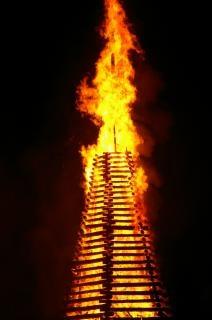 W pracy strażaków, ogień