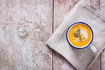 Widok z góry pyszne zupy z dyni