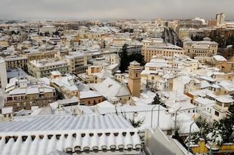 Wioska pokryta śniegiem