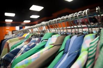 Wiszący wieszaków na ubrania