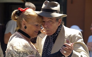 pareja bailando tango emocional Argentina