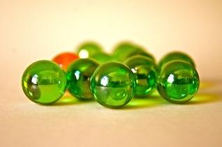 Colorido bola de mármol de perlas de vidrio rollo