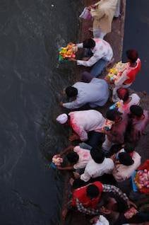cómo hacer la inmersión del Señor Ganesha