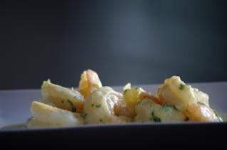 camarones y curry, sabroso