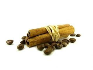 canela y granos de café