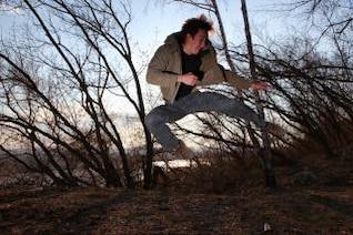 saltar el hombre, rápido, maderas