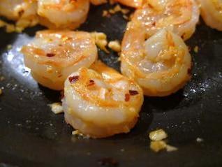 cocina, cocinero del camarón