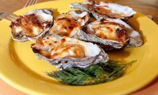 ostras en un plato