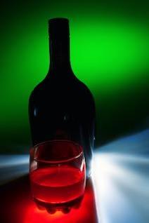 botella y vidrio objeto