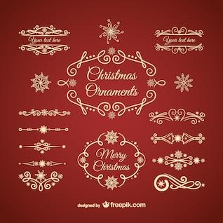 Adornos de oro de la Navidad