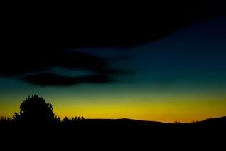 Degradado de colores en el cielo