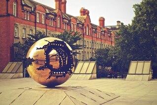 Esfera dentro de la esfera