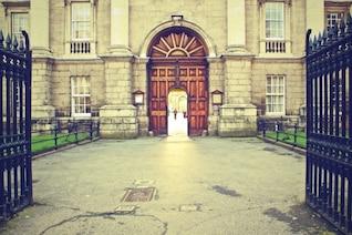 Puerta principal de