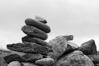 Edificio con piedras