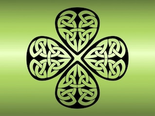Trébol de cuatro hojas tapa tatuaje