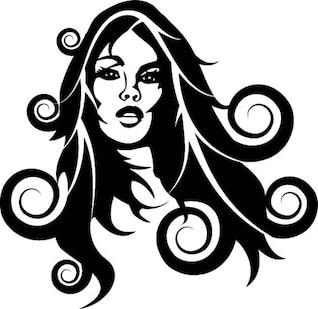 Chica con el pelo largo y rizado
