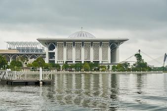 Arquitectura de la religión islam malasia
