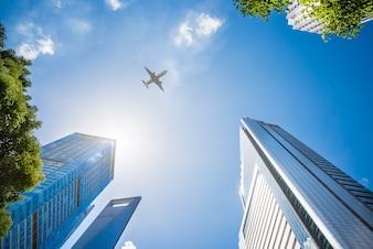 Avión, vuelo, encima, rascacielos
