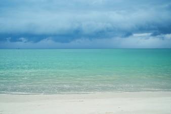 Azul cómodo onda de la naturaleza del verano