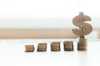 Banca y ahorro de dinero copyspace concepto de idea de fondo.